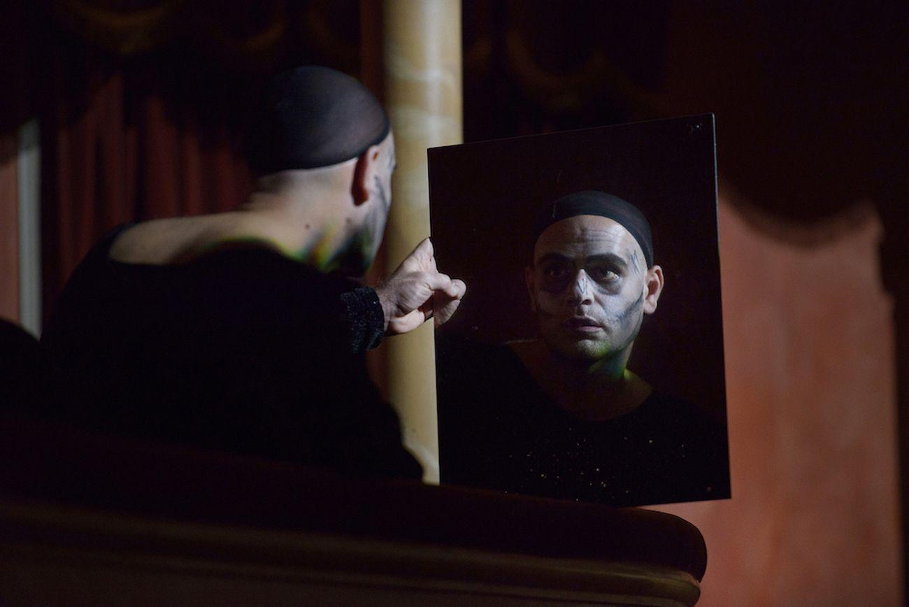 La commedia della vanità. Regia Claudio Longhi. Teatro Storchi, Modena 2019. Photo Serena Pea