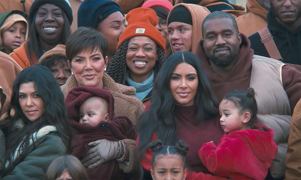 Kanye West, Closed on Sunday