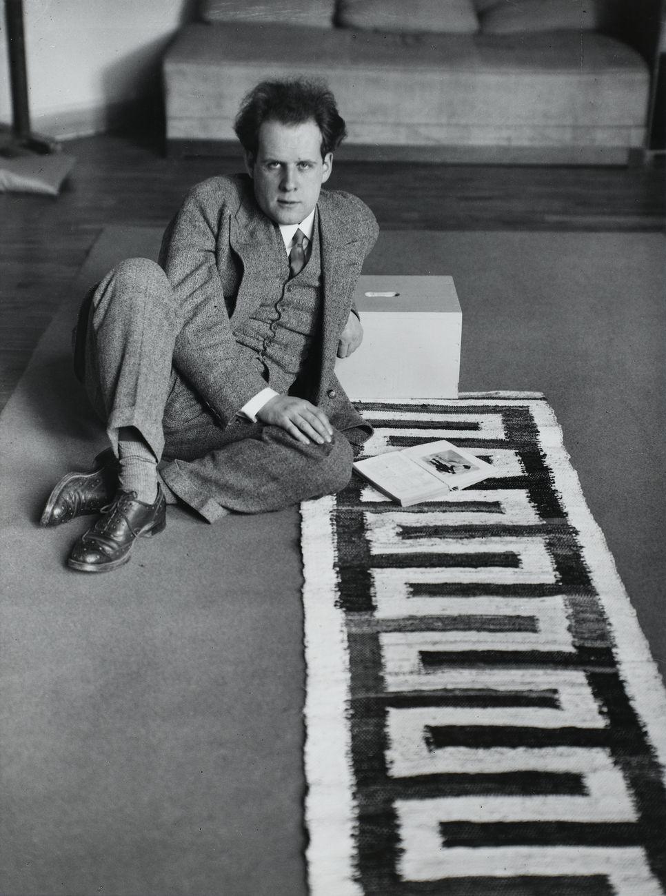 André Kertész, Sergei Eisenstein, 1928