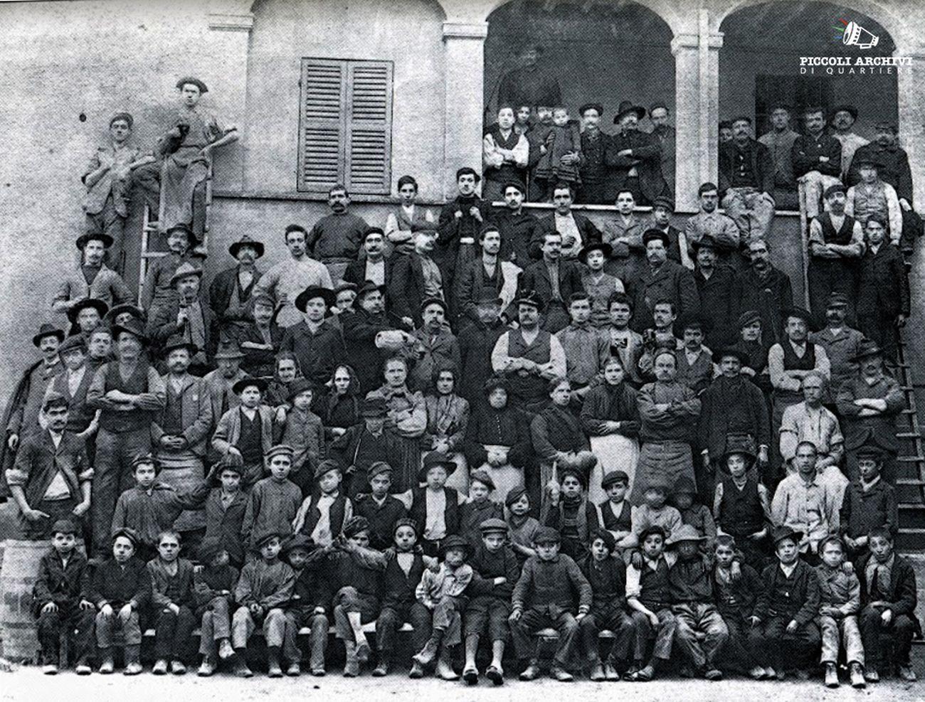 Dall'archivio dei PAQ.Operai dello stabilimento Bormioli, 1911