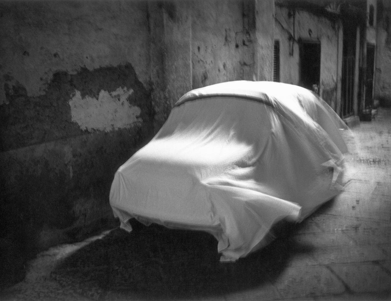 Mimmo Jodice, Vedute di Napoli, Opera 29, 1980. Credits Collezione Farnesina