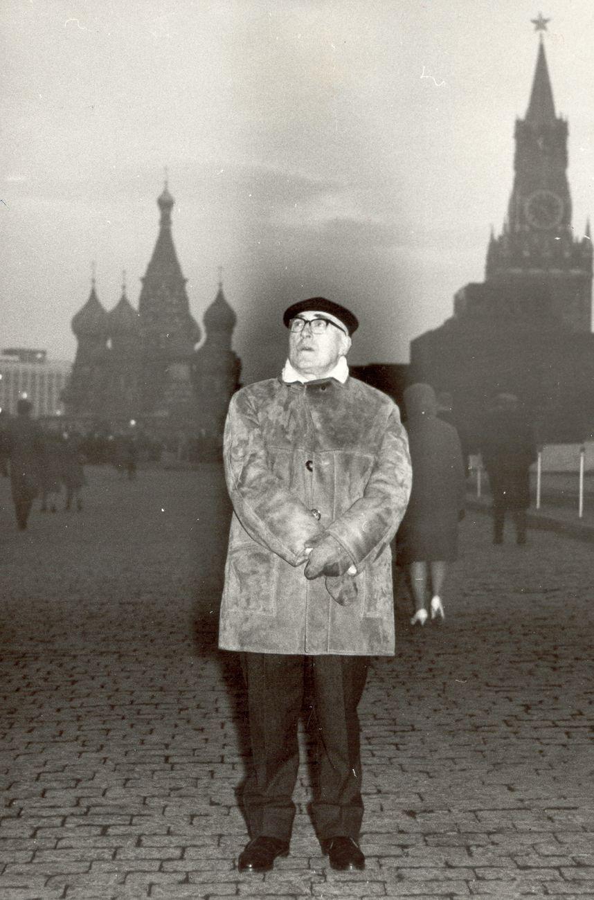 Victor Masilev, Cesare Zavattini sulla Piazza Rossa, Mosca, 1968
