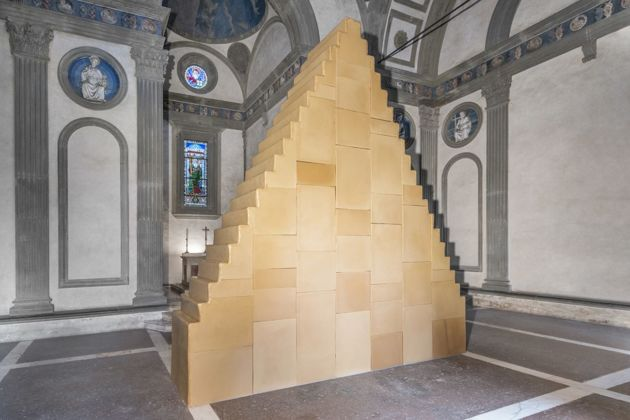 Wolfgang Laib, Without Beginning and Without End, 1999. Courtesy the artist. Installation view at Cappella Pazzi - Complesso Monumentale di Santa Croce, Firenze 2019. Photo credit Leonardo Morfini