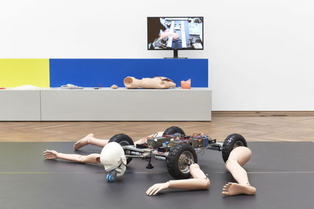 Geumhyung Jeong, Homemade RC Toy, veduta dell'installazione, Kunsthalle Basel, 2019 Foto: Philipp Hänger / Kunsthalle Basel