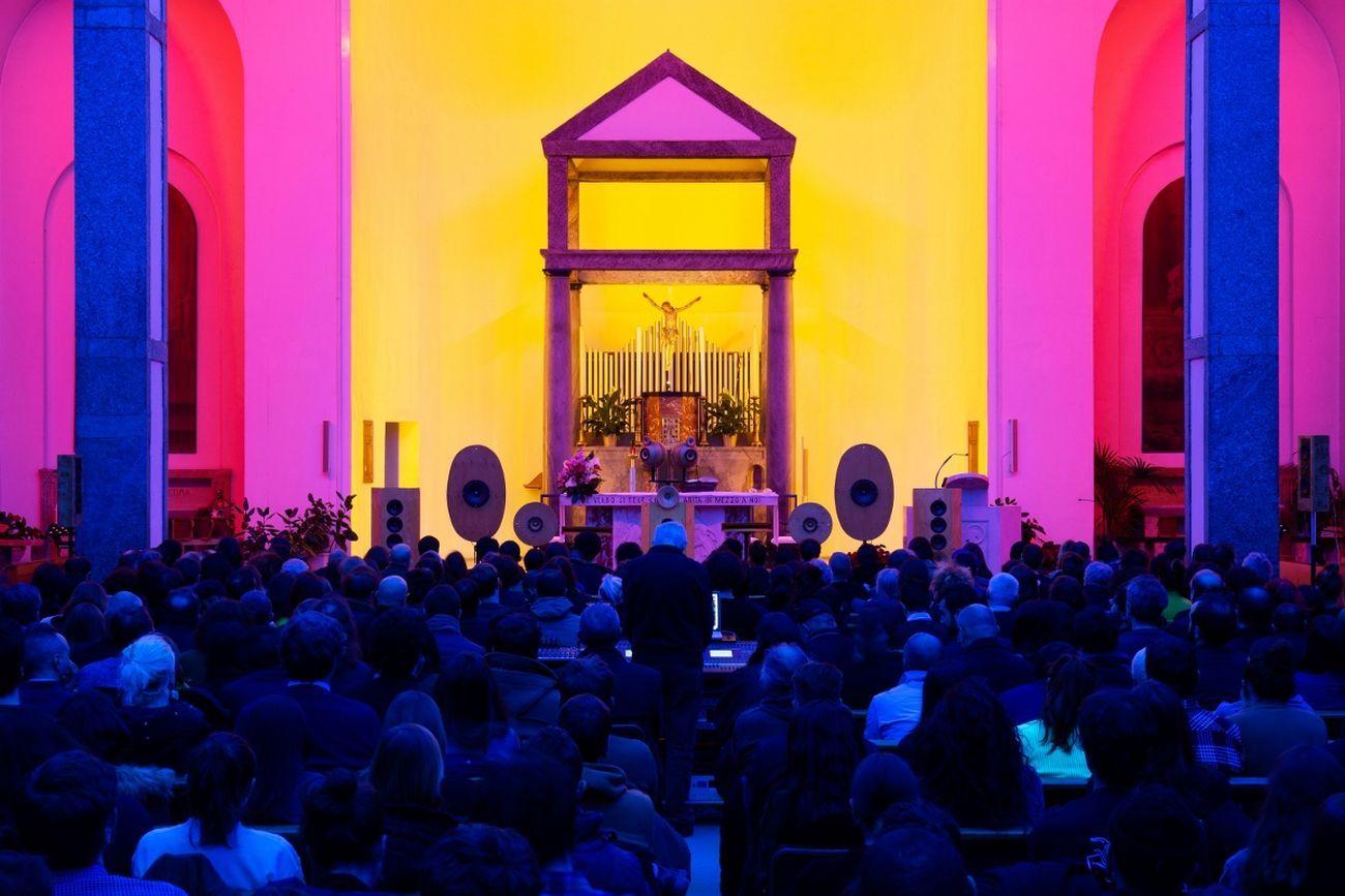 Arvo Pärt, Tabula Rasa. Chiesa Rossa, Milano 2020. Photo Louis De Belle