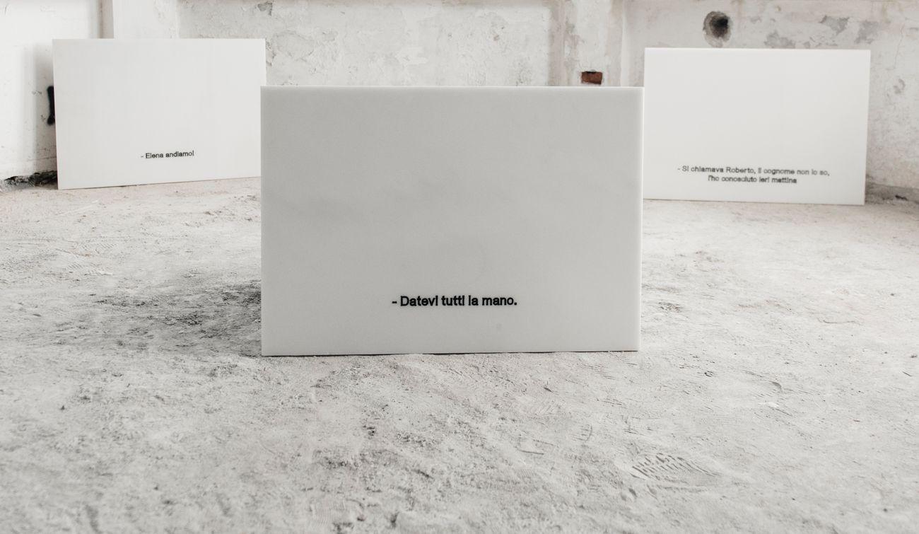 Gaia De Megni, Cinque modi per scomparire, 2017, incisioni su marmo, 60x85 cm