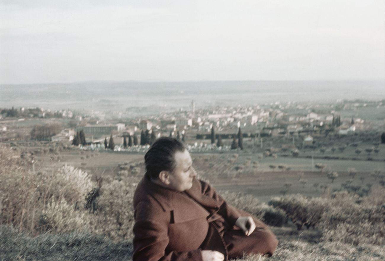 Gisèle Freund, Jean Giono à Manosque, 1937. IMEC- Fonds MCC ©IMEC, Fonds MCC, Dist. RMN-Grand Palais- Gisèle Freund