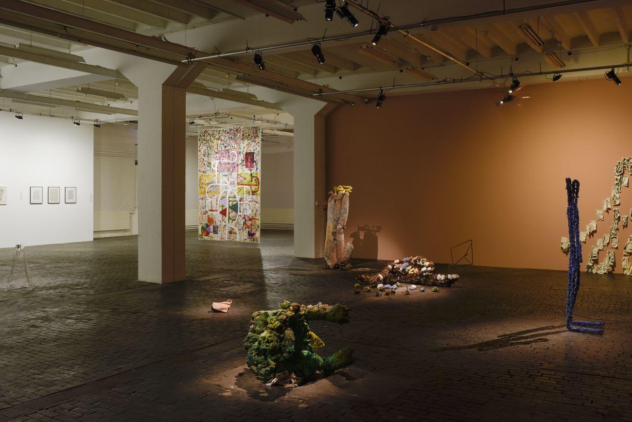 Scrivere Disegnando. Quand la langue cherche son autre. Exhibition view at CAC - Centre d'Art Contemporain, Ginevra 2020 © Centre d'Art Contemporain Genève. Photo Mathilda Olmi