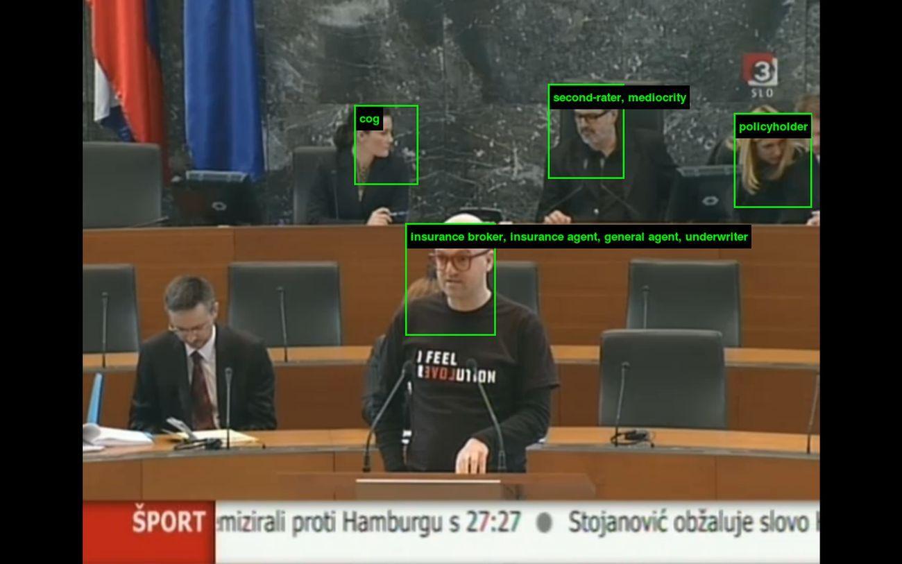 Vuk Ćosić in Parlament