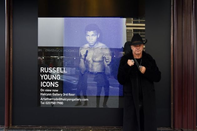 Russell Young at Halcyon Gallery at Harrods, Londra 2020