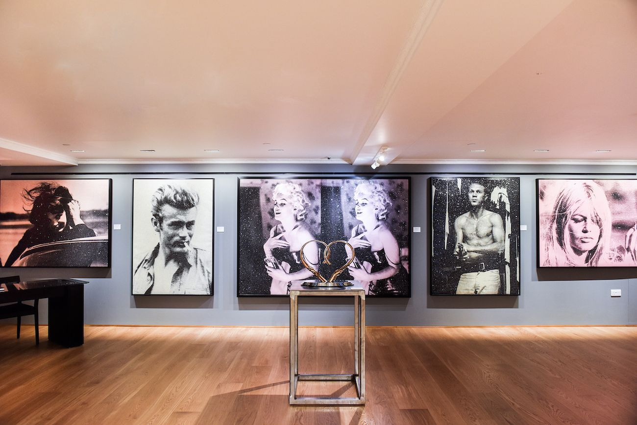 Russell Young. Icons. Exhibition view at Halcyon Gallery at Harrods, Londra 2020