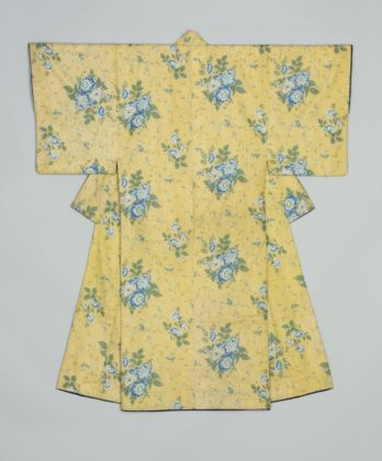 Under-kimono for a man (juban). Fabric made in Britain or France, tailored in Japan, 1830-1860. Image Courtesy of the Khalili Collection