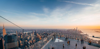 Edge Outdoor sky deck, New York - Courtesy of Related Oxford