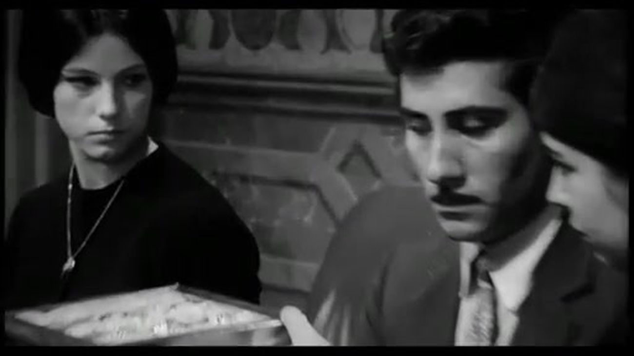 Pietro Germi, Sedotta e abbandonata (1964), frame 1