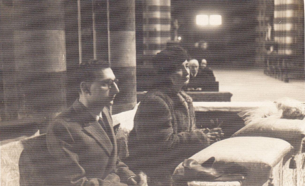 Manganelli il giorno del matrimonio con Fausta Preschern, nel 1946 a Milano. Archivio Lietta Manganelli