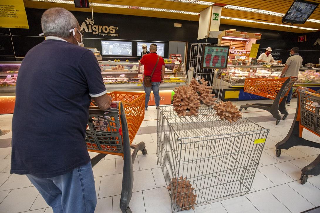 10cents Art At The Supermarket by Giuseppina Giordano Zero Edition, Mazara del Vallo ph Benito Frazzetta