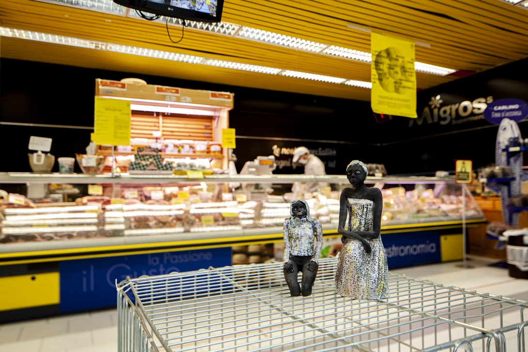 Tania Lombardo 10cents Art At The Supermarket by Giuseppina Giordano Zero Edition, Mazara del Vallo ph Benito Frazzetta