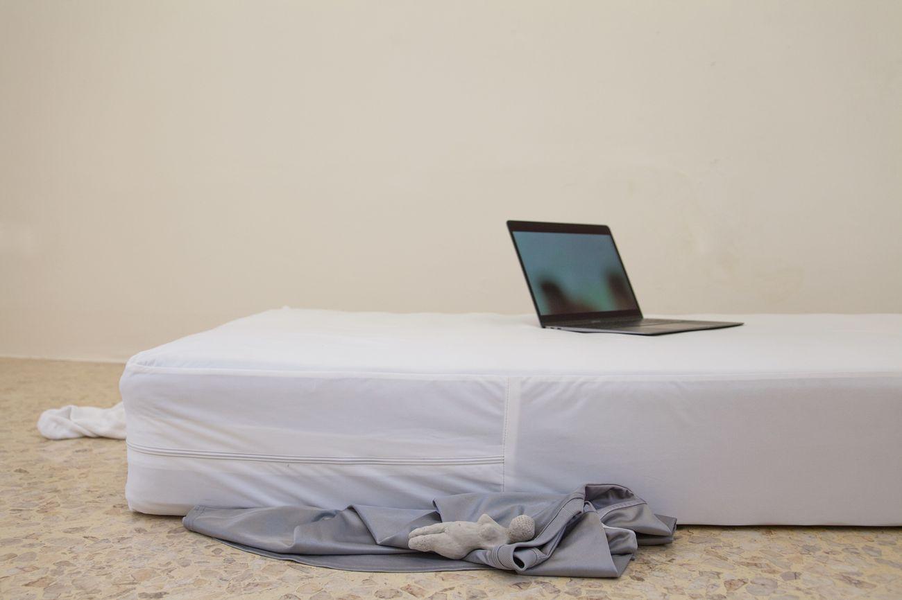 Marco Vitale, Iposex, installazione, video, 2020. Photo Raffaella Quaranta