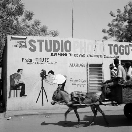 Akinbode Akinbiyi, Bamako 2005, from the series Photography, Tobacco, Sweets Condoms and other Configurations. Courtesy the artist