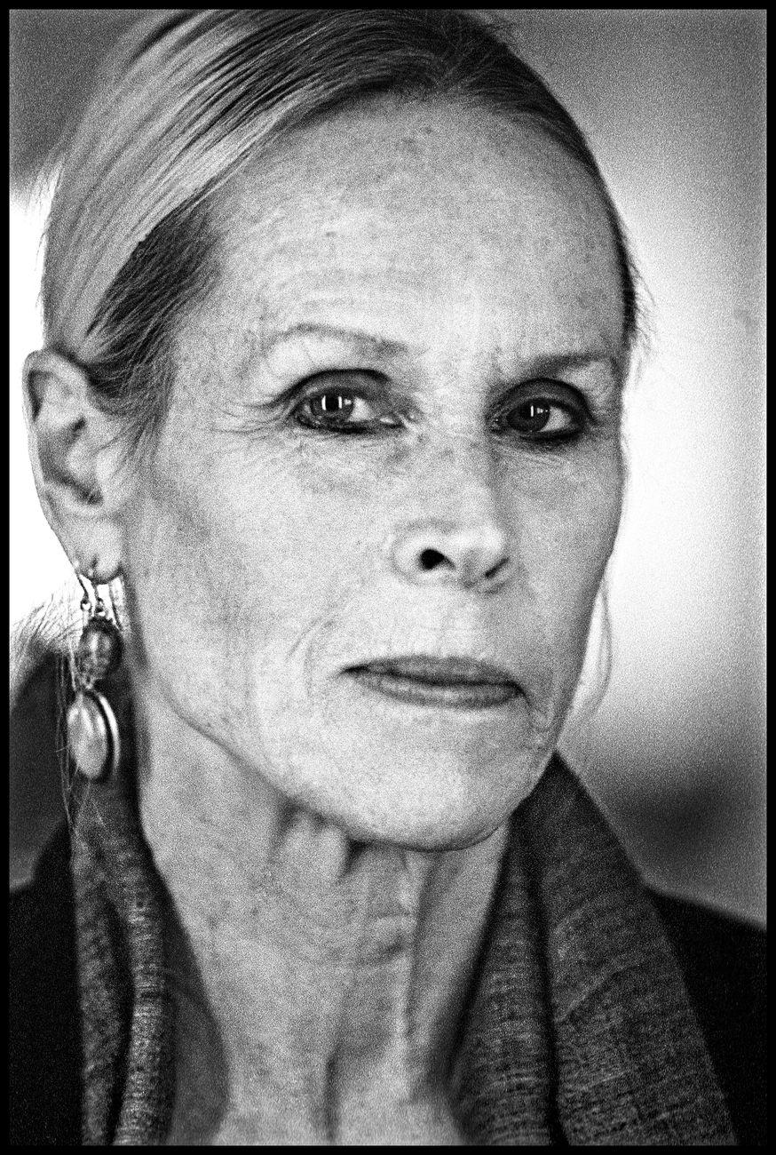 Carolyn Carlson. Photo Jean Louis Fernandez