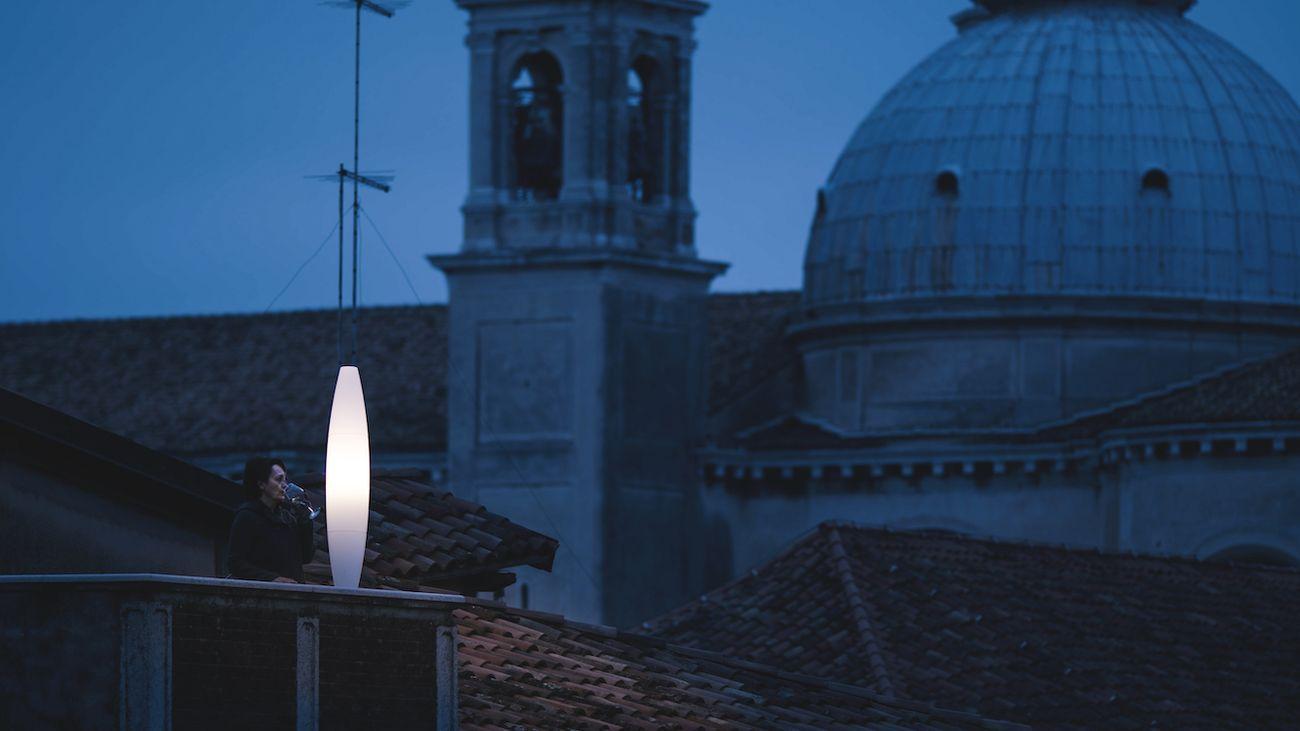 Lucia, Venezia, dal progetto Vite per Foscarini. Photo Giancarlo Vassallo