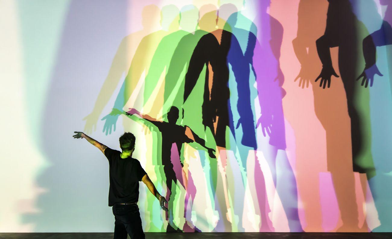 Olafur Eliasson, Your uncertain shadow (colour), 2010. Photo María del Pilar García Ayensa - Studio Olafur Eliasson. Thyssen-Bornemisza Art Contemporary Collection, Vienna © 2010 Olafur Eliasson