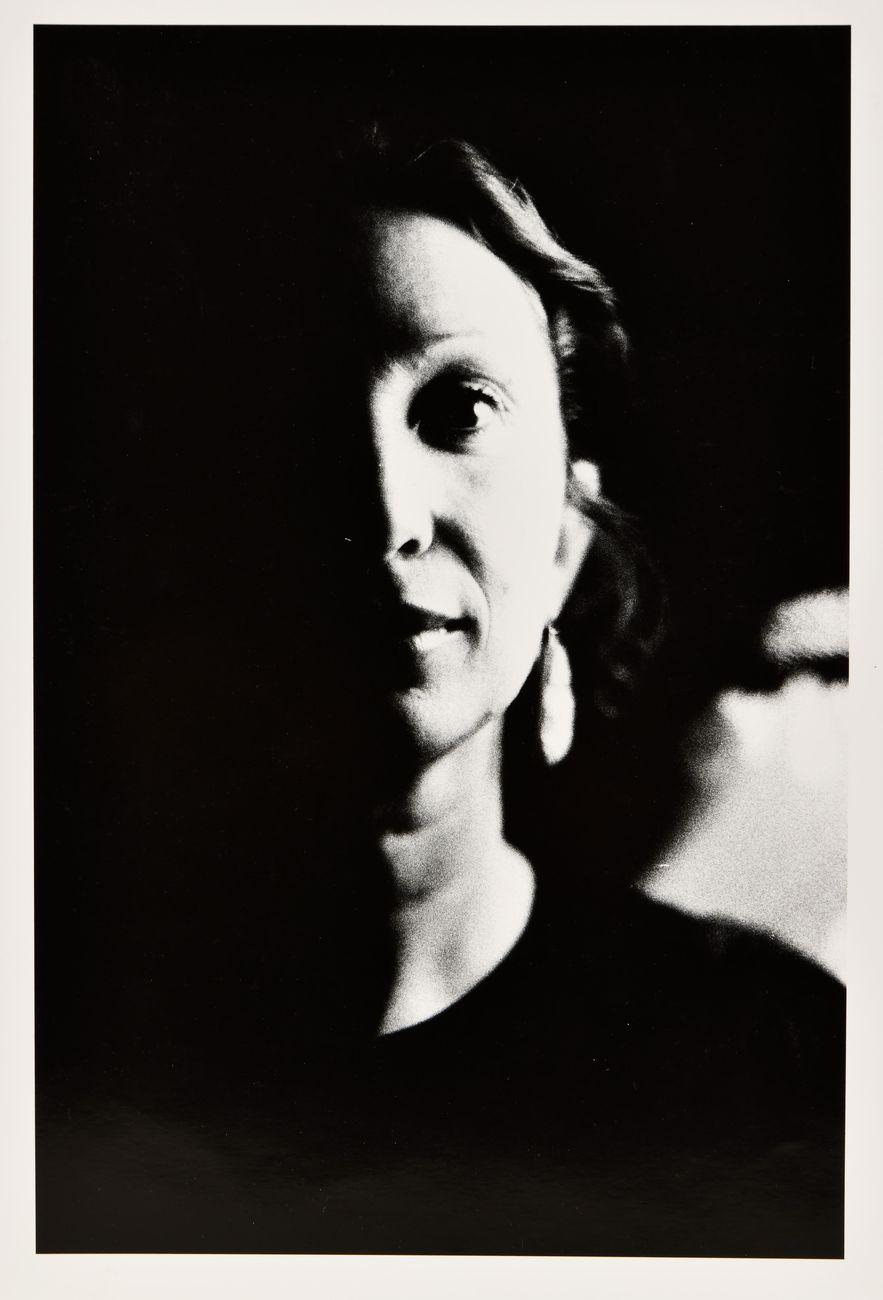 Ralph Gibson, Ritratto di Daniela Ferraria, 1983. Collezione Daniela Ferraria, Roma