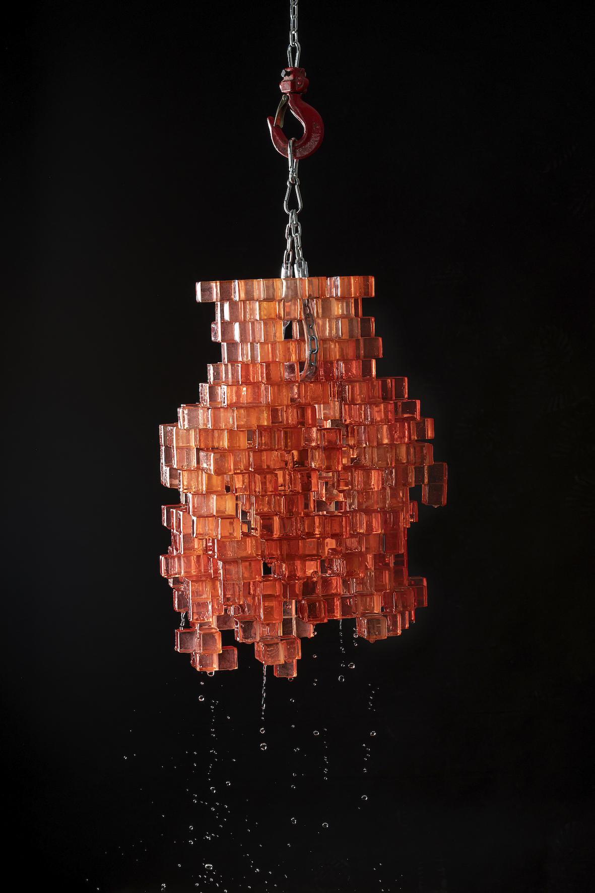 Studio Nucleo, vaso Presenze in vetro di Murano, 2020, courtesy Nilufar, credits Pepe Fotografia