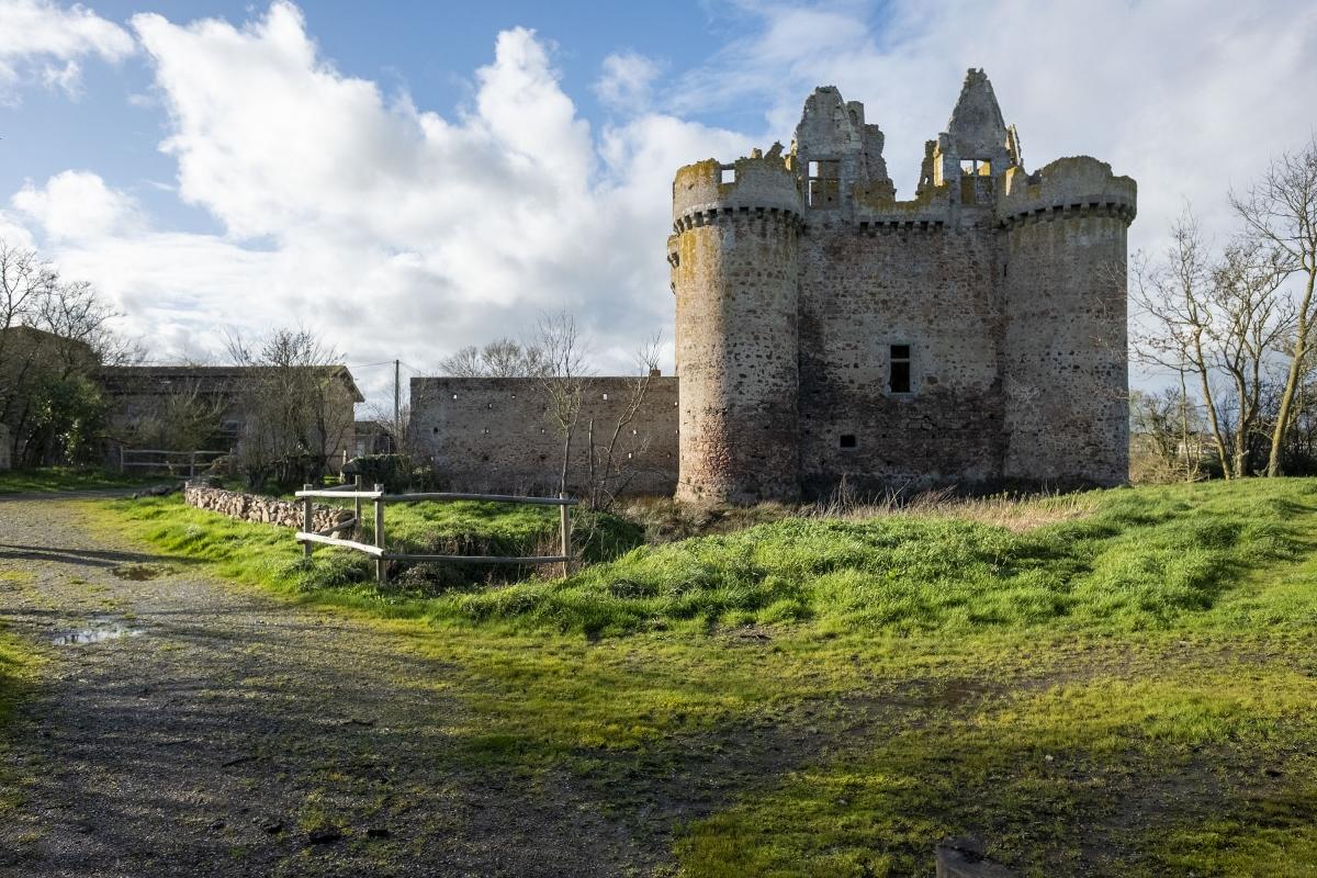 Castello Ebaupinay