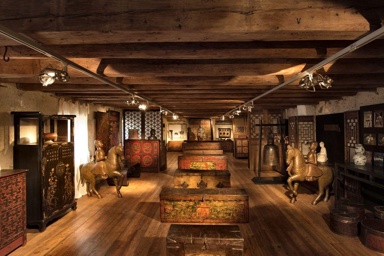 Granaio di Villa Orna. Courtesy Galleria Thais