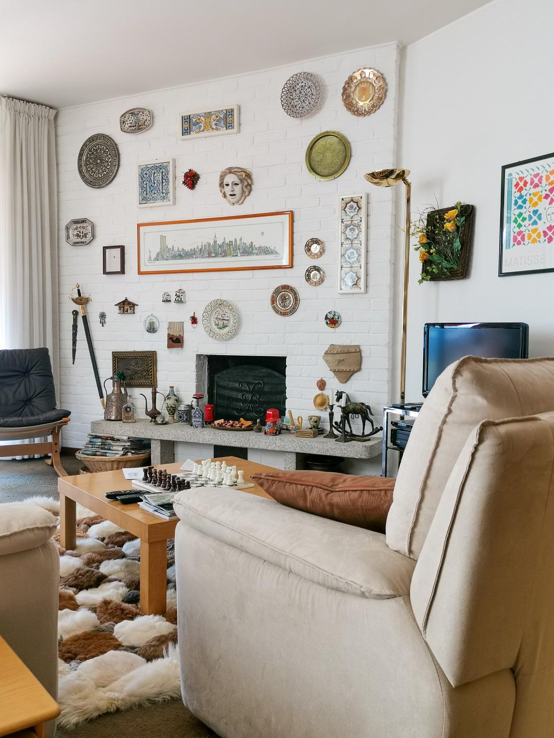 Salotto di un appartamento tipo © foto courtesy Giuseppe Galbiati