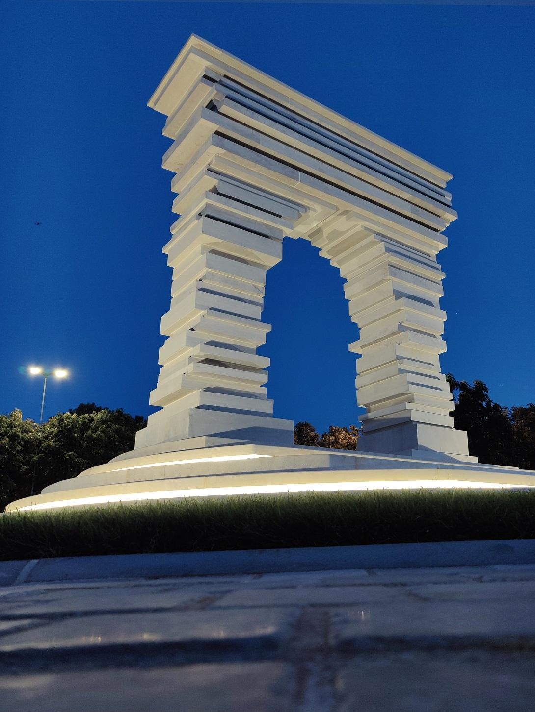 Arco di San Marco in Puglia. Courtesy Antonio Pio Saracino