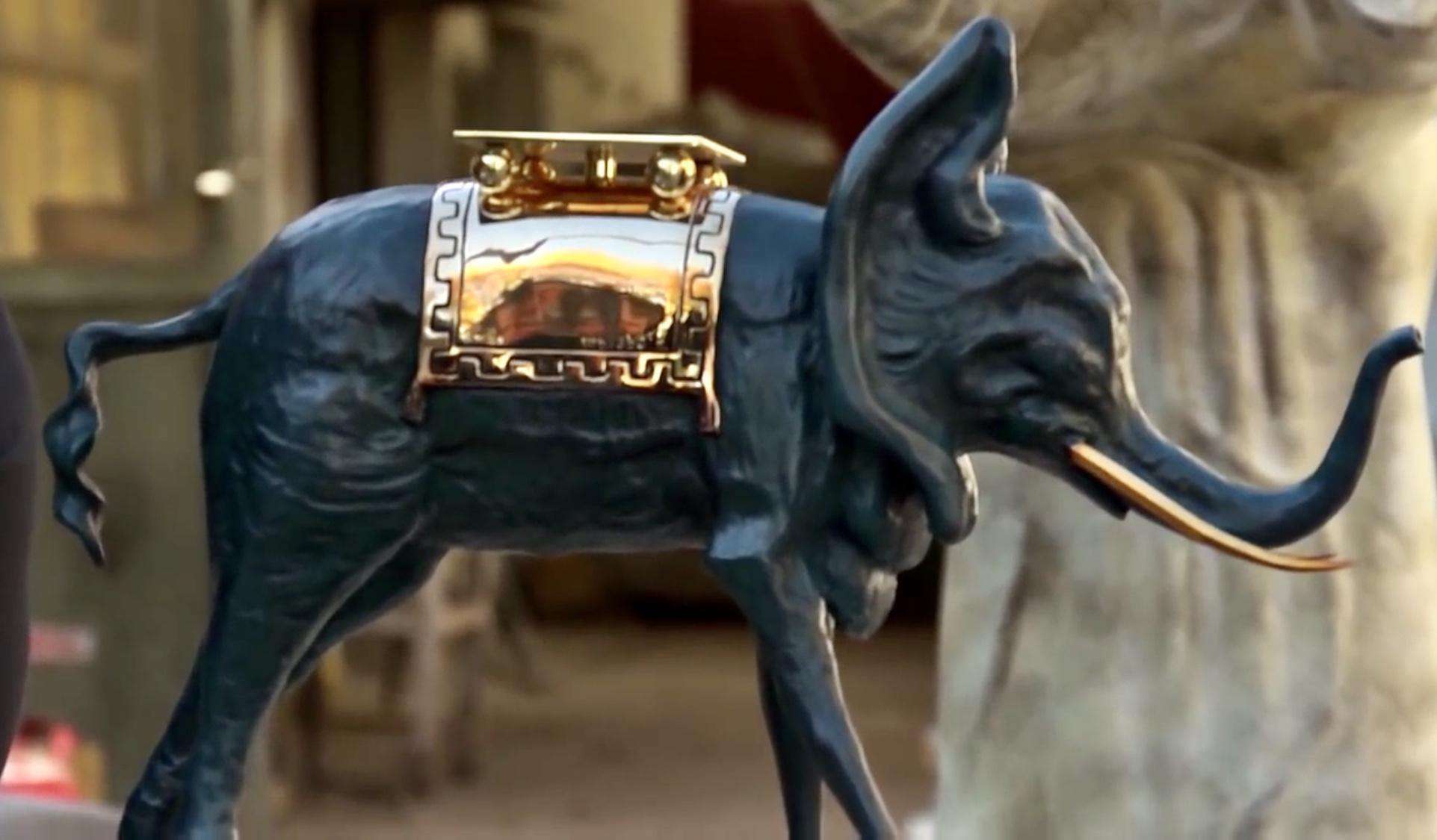 Dalì a Siena - una scultura appena prodotta nella Fonderia Perseo di Mendrisio