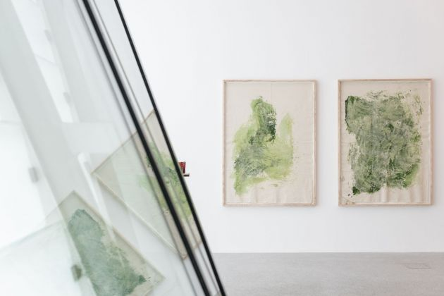 Ann Cathrin November Høibo, Untitled (Green #2), (Green #1), 2013. Installation view at Museion, Bolzano 2020. Erling Kagge Collection. Photo Luca Meneghel