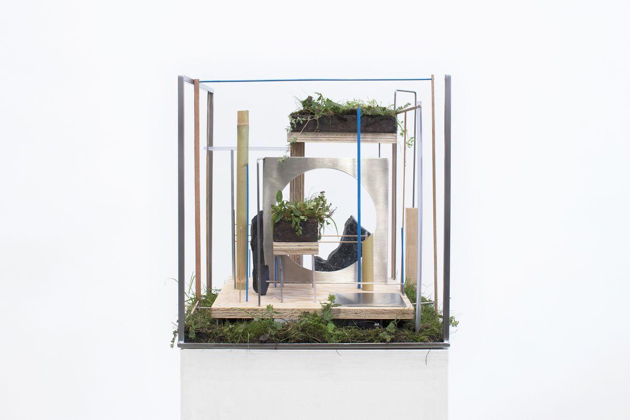 Camilla Alberti, WWW Worlding Wild Web, 2020, scultura organica, 45x45x45 cm. Courtesy l'artista & AiR Trieste Neuro_Revolution, Per Chi Crea