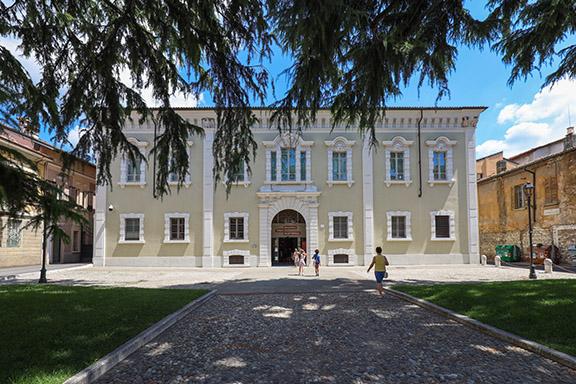 Raffaello, I Custodi del Mito, Brescia