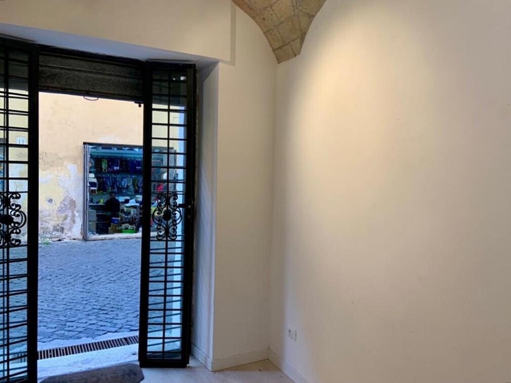 Chiaroscuro Arte Contemporanea, Roma