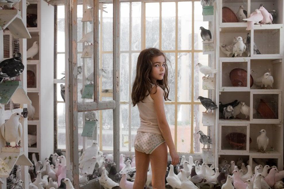 Le sorelle Macaluso, di Emma Dante, 2020 La piccola Viola Pusateri interpreta Antonella