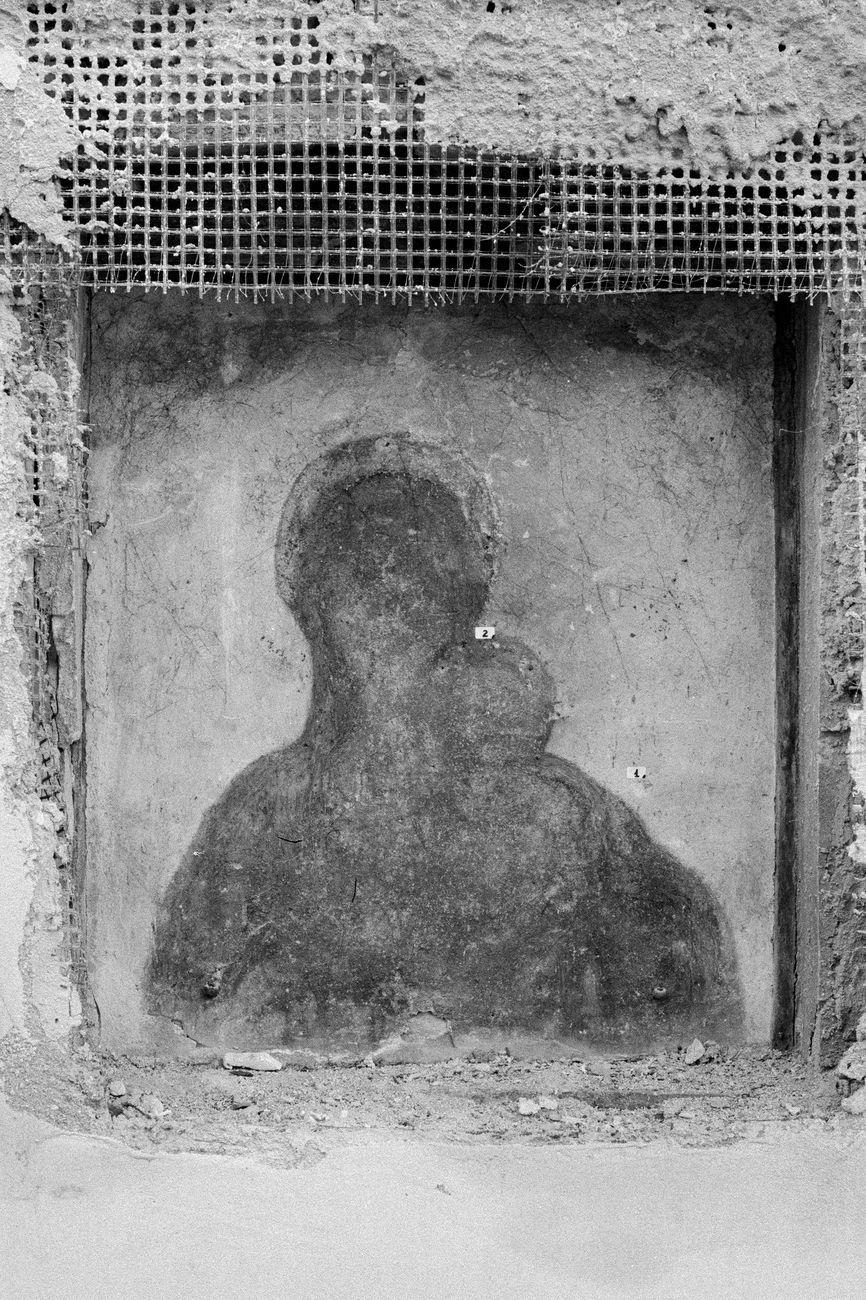 Marco Maria Zanin, Chiesa di Sant'Agnese - Madonnina, 2019, stampa fine art su carta cotone, 45x30 cm