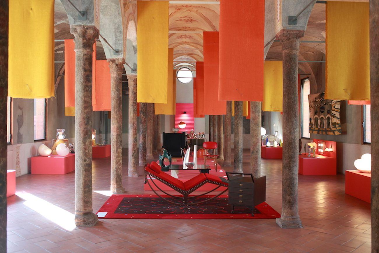Niente di meno – Nothing Less, a cura di Anty Pansera. Exhibition view at Biblioteca di Santa Maria Incoronata, Milano 2011