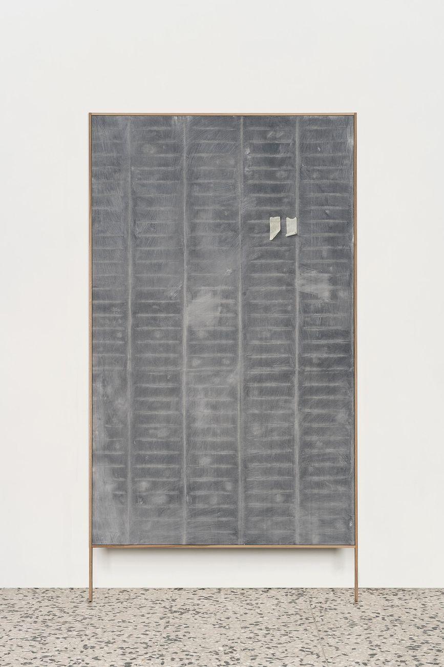 Frottage, 2018, olio su tela con cornice in rovere, cm 97x182