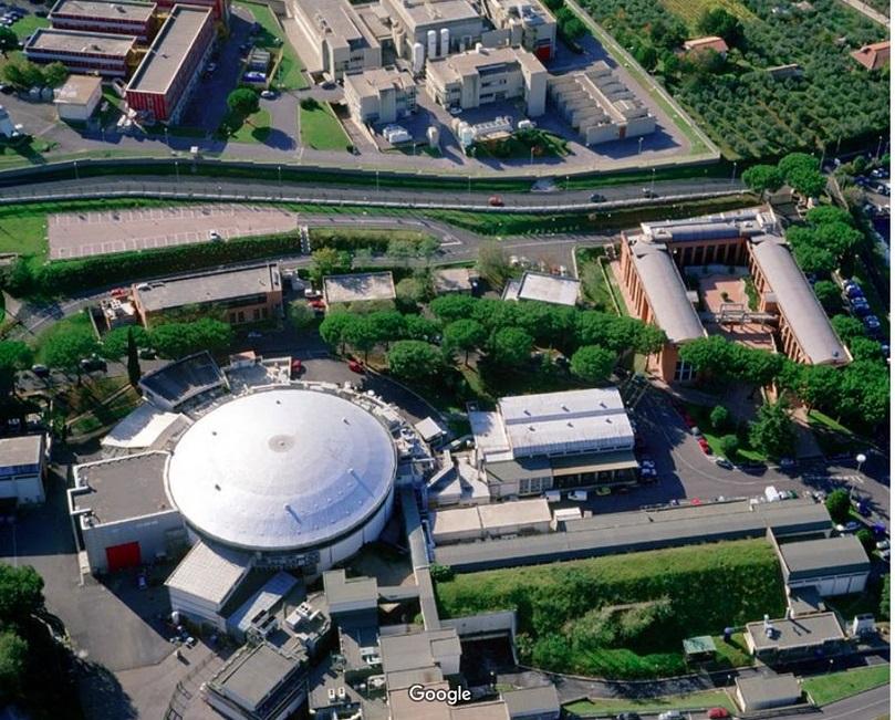 Carlo Melograni, Istituto Nazionale di Fisica Nucleare, Frascati, 1987 88. Photo via Google Street View, gennaio 2003 © 2020 Google