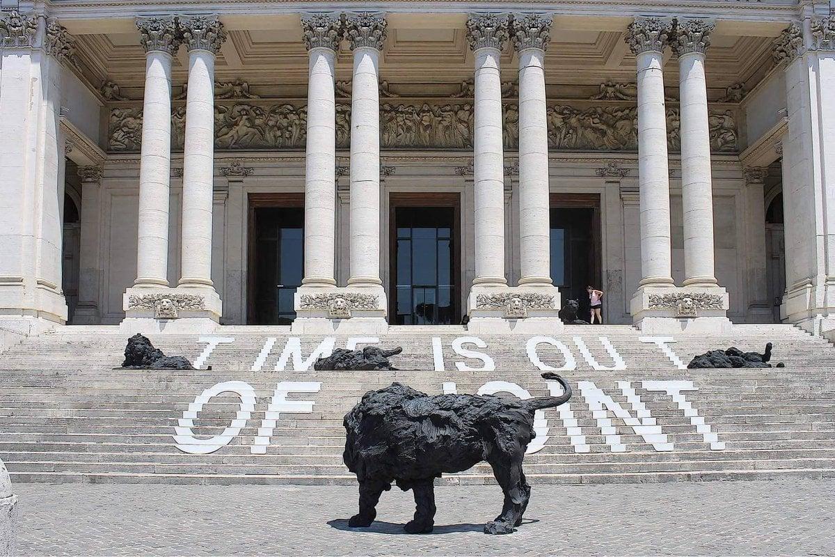 I leoni di Davide Rivalta alla Galleria Nazionale di Roma