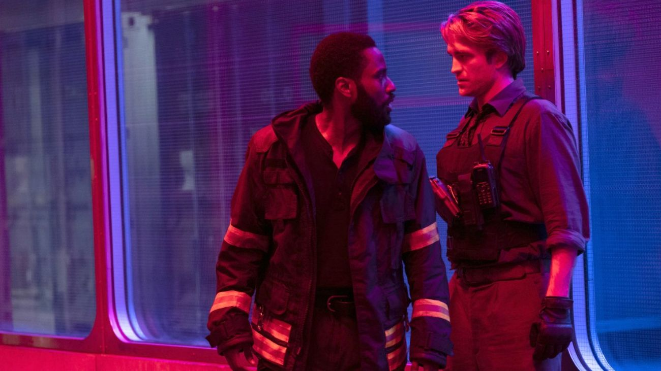 John David Washington e Robert Pattinson in Tenet (Christopher Nolan, 2020)