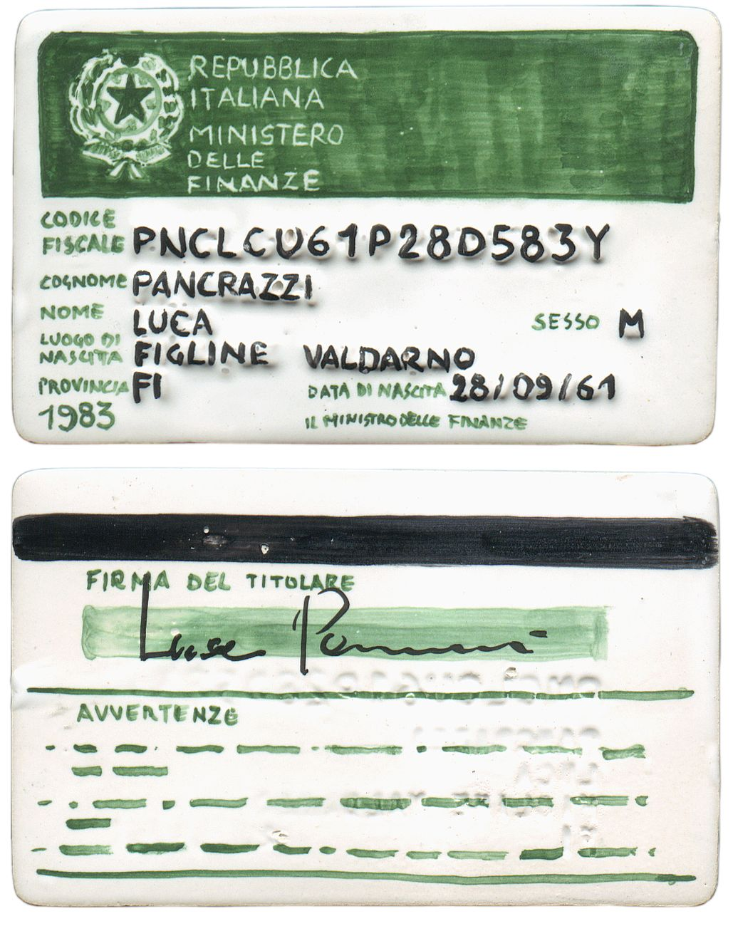 Luca Pancrazzi, CF, 2001, smalti e terzofuoco su terracotta, 5,5x8,5 cm. Opera realizzata ed esposta alla Prima Biennale di Ceramica di Albissola, 2001