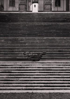 Monia Ben Hamouda, Blair, 2020. Installation view at Endless Nostalghia, Piazza del Campidoglio, Roma 2020. Courtesy l'artista, 101 Numeri Pari & Treti Galaxie. Photo Flavio Pescatori