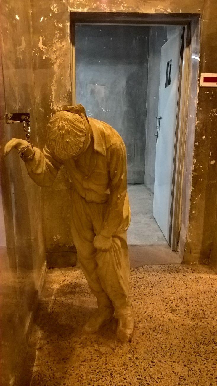 Museo Nazionale di Amna Suraka di Sulaymaniyah. Prigioniero