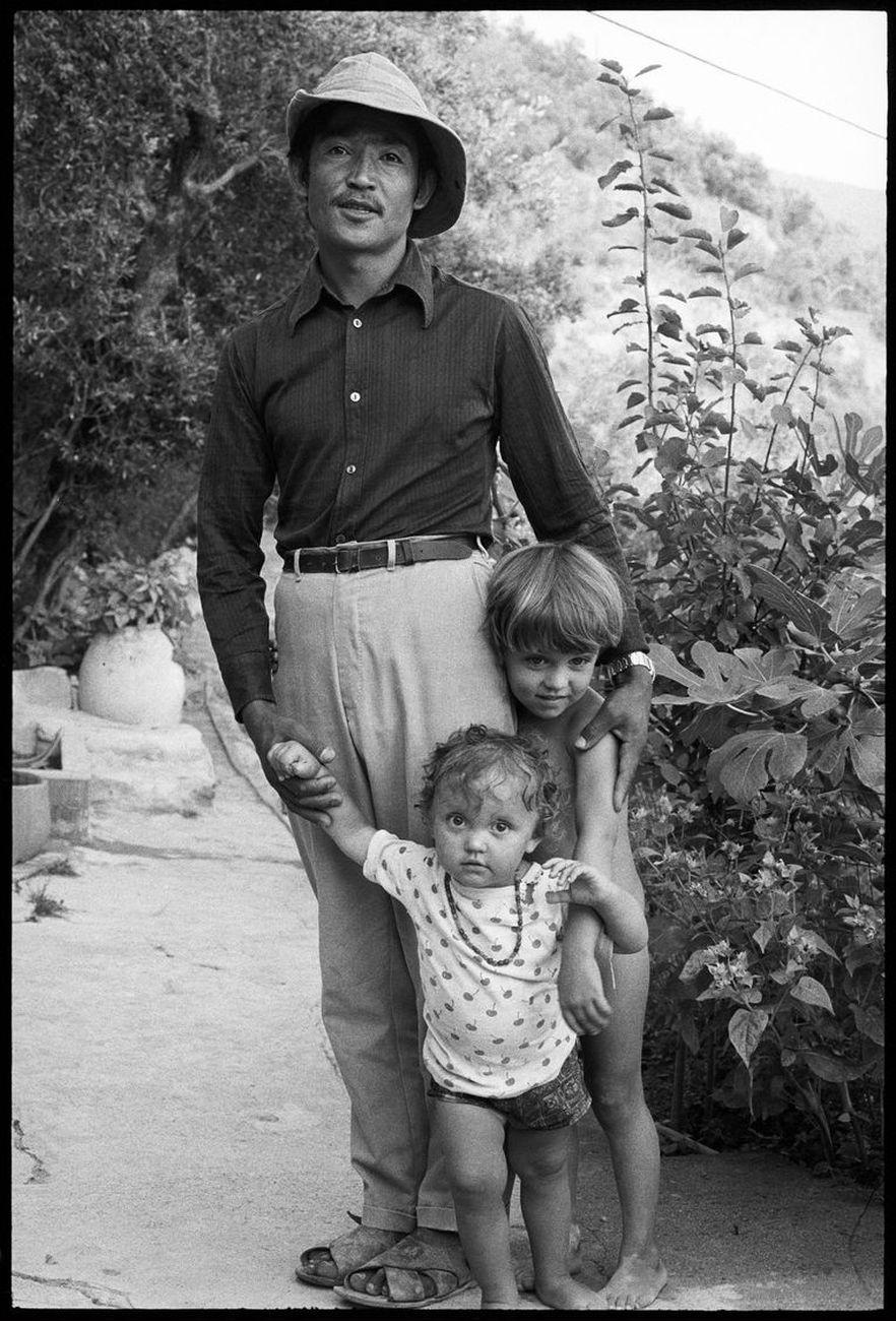 Salman Alì, Agata Boetti e Matteo Boetti, San Bernardino, 23 agosto 1973. Photo © Giorgio Colombo