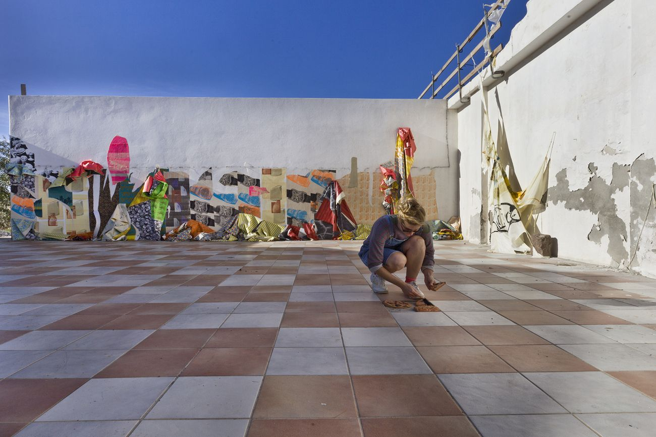 Ludovica Gioscia, Mineral Rush Flamingo Crush, 2013. Installation view at Galleria Mangiabarche, Calasetta. Photo Nelly Dietzel