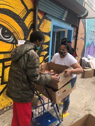 Vanessa Hernandez, [Distributing food to community members in Hunts Point], June 5, 2020, Courtesy Council of Family and Child Caring Agencies and Graham Windham
